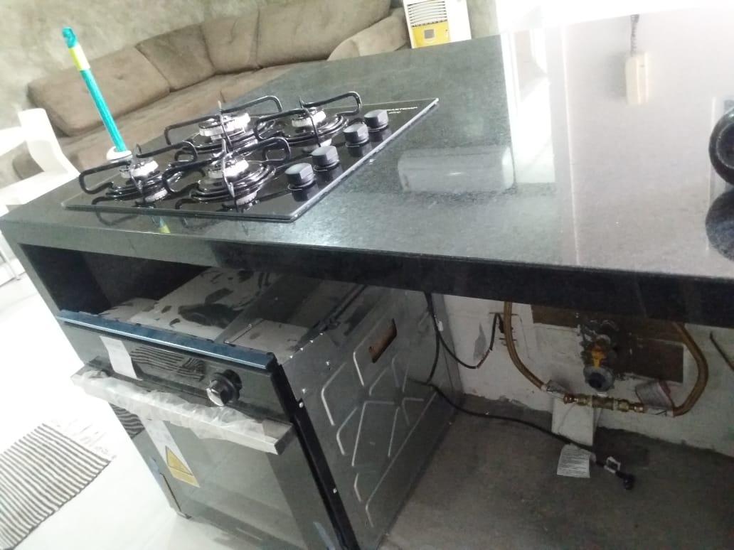 Ligação de cooktop e forno