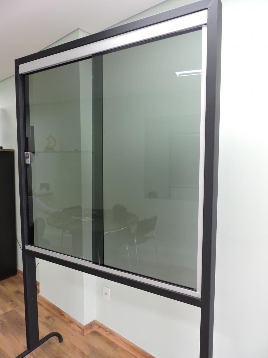 Janela em vidro temperado - Foto 2