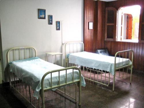 Dormitorios adaptados, arejados e com boa lum