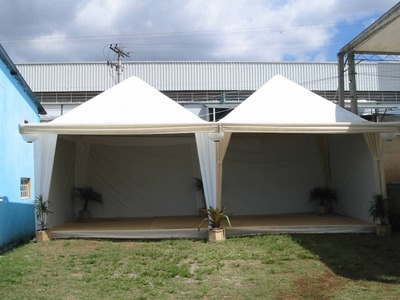 Tendas Piramidal Semi-Decoradas - Foto 1