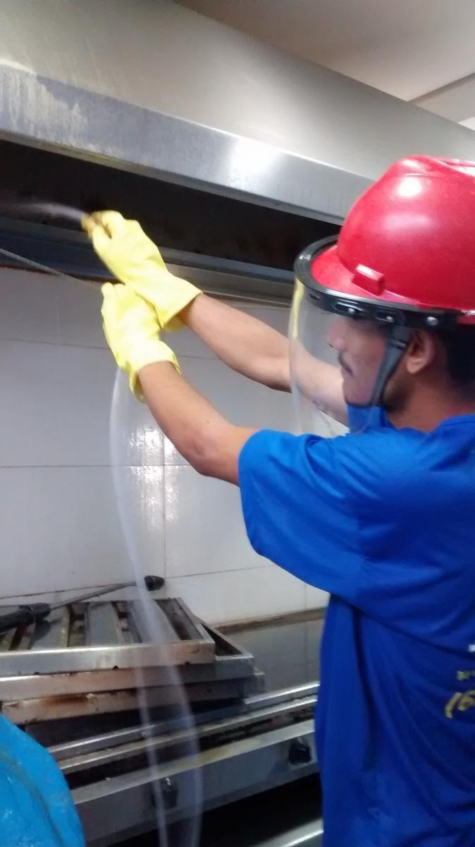 Limpeza de Coifas e Dutos de Ventilação - Foto 1