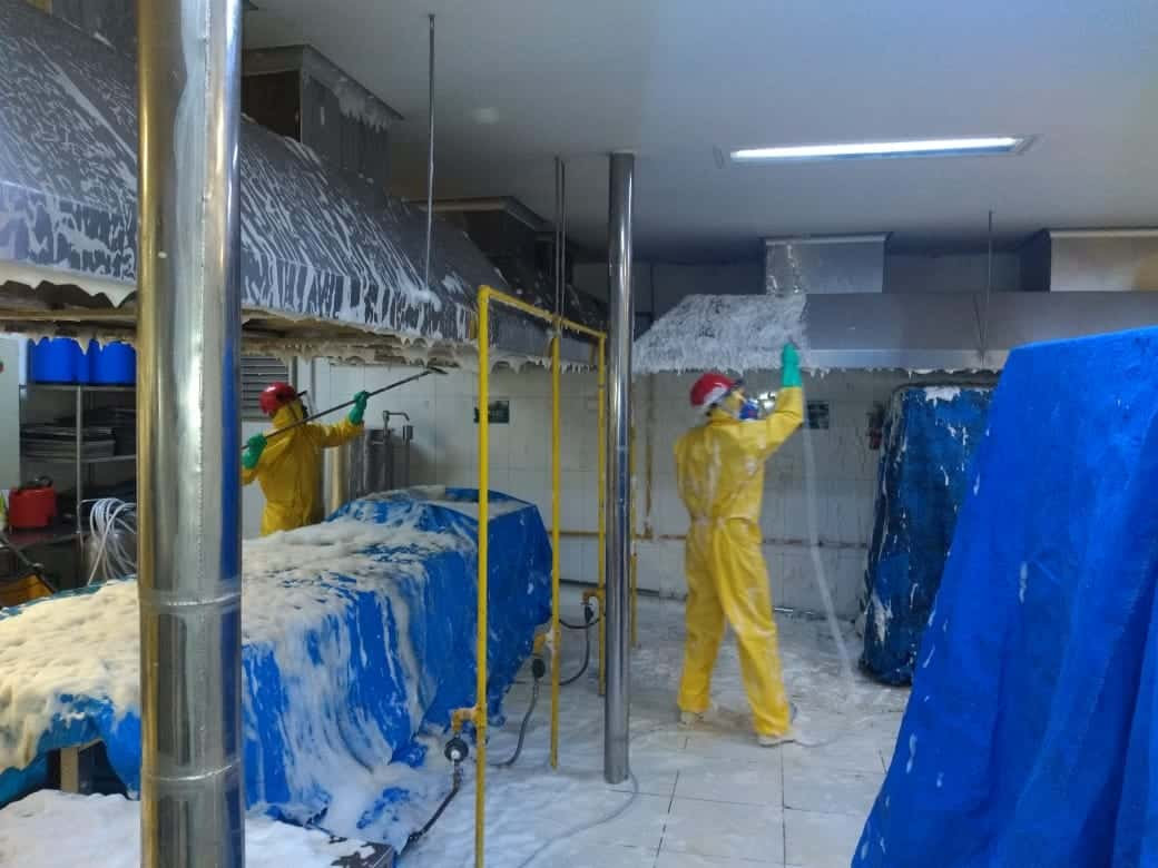 Limpeza de Coifas e Dutos de Ventilação - Foto 22