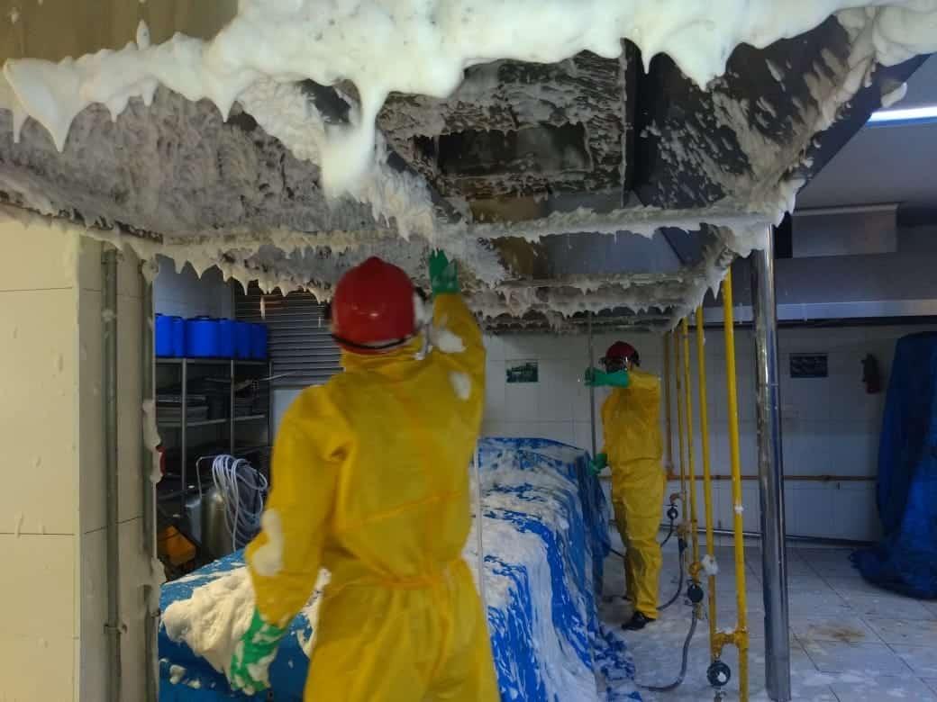 Limpeza de Coifas e Dutos de Ventilação - Foto 23