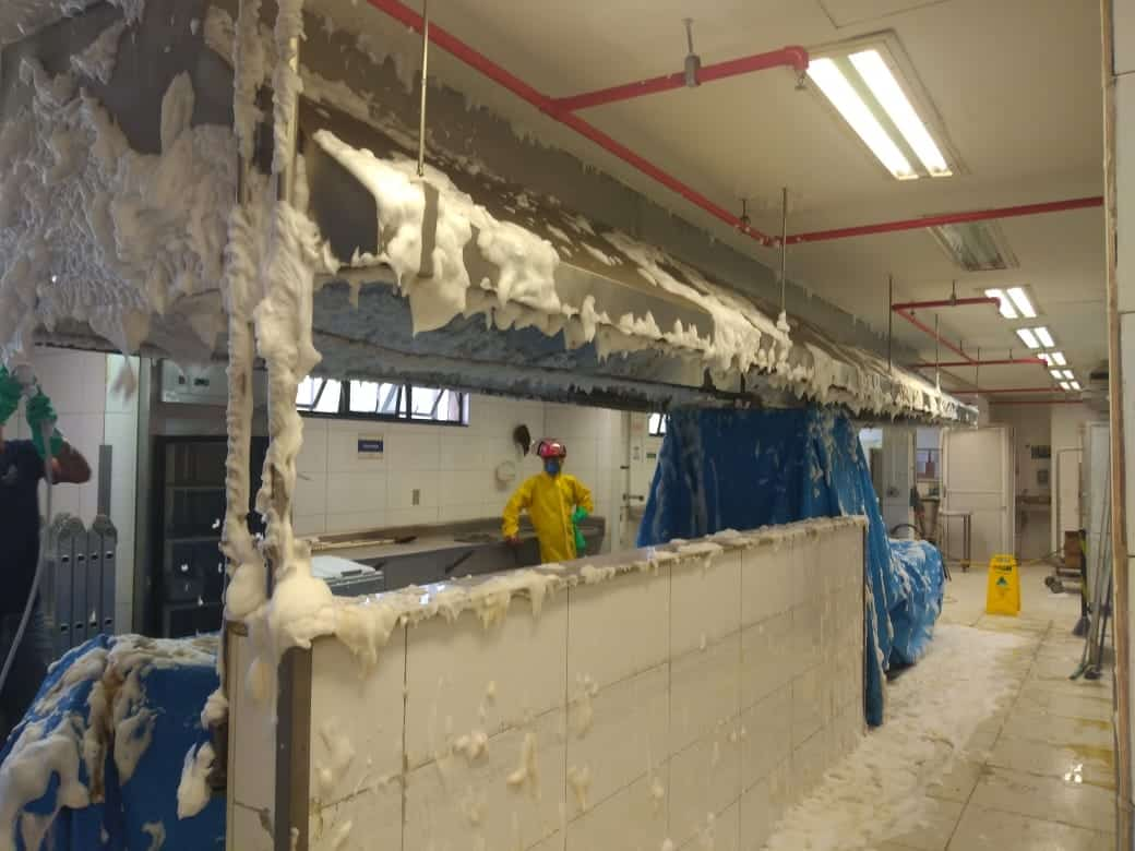 Limpeza de Coifas e Dutos de Ventilação - Foto 24