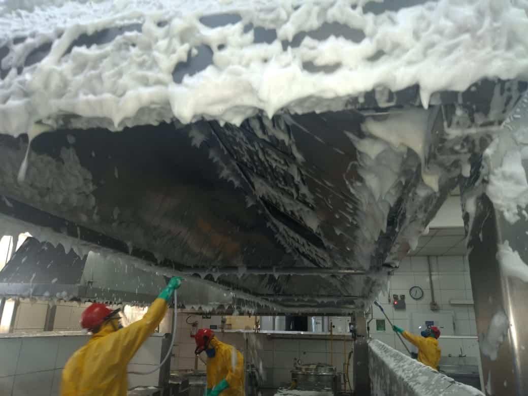 Limpeza de Coifas e Dutos de Ventilação - Foto 28