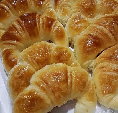 Croissant - Foto 1