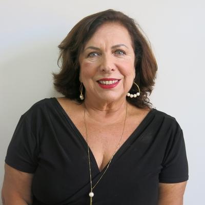 Elizabeth de Castro Alvim Ayres