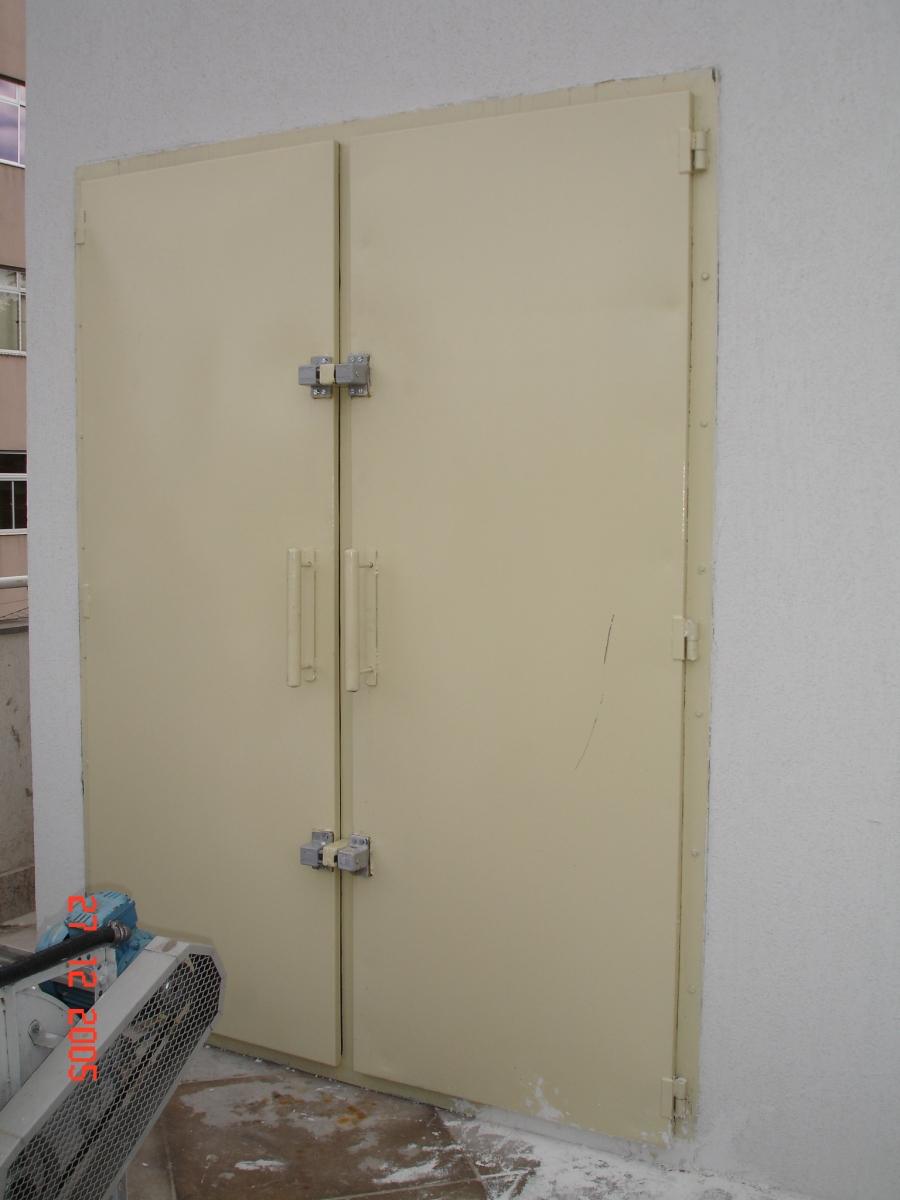 Porta Acústica 1