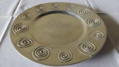 Bandeja oval de alumínio c/ cobrinhas - Foto 1