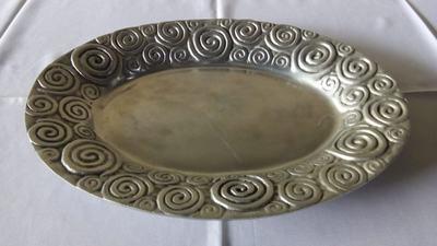 Bandeja redonda de alumínio c/ cobrinhas - Foto 1