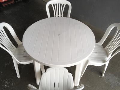 Mesa plástico redonda 90 cm - Foto 1