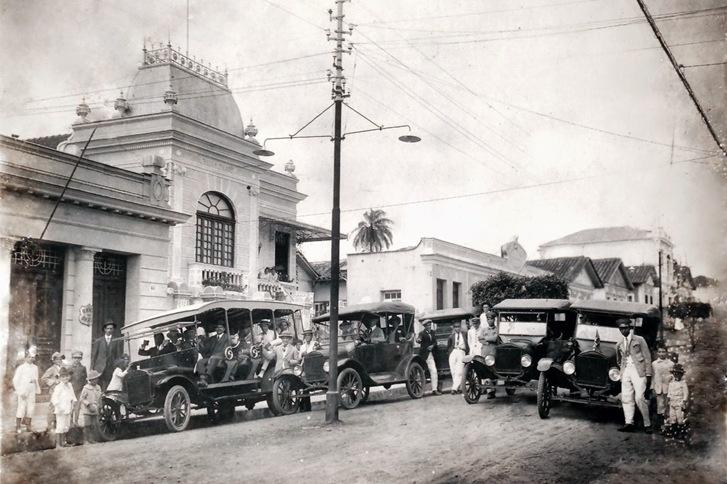 Automóveis Ford 1919 em Cambuquira - MG