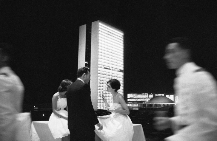 Festa em Brasília recém-inaugurada