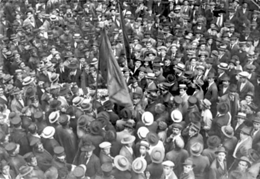 Funeral do anarquista José Martinez, 1917