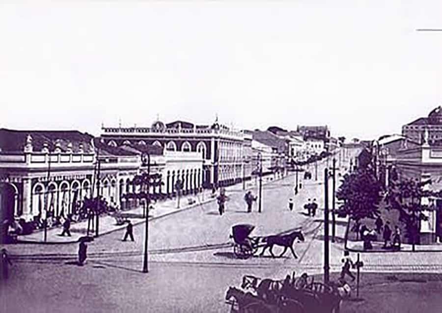 Av. Eduardo Ribeiro, em Manaus 1900