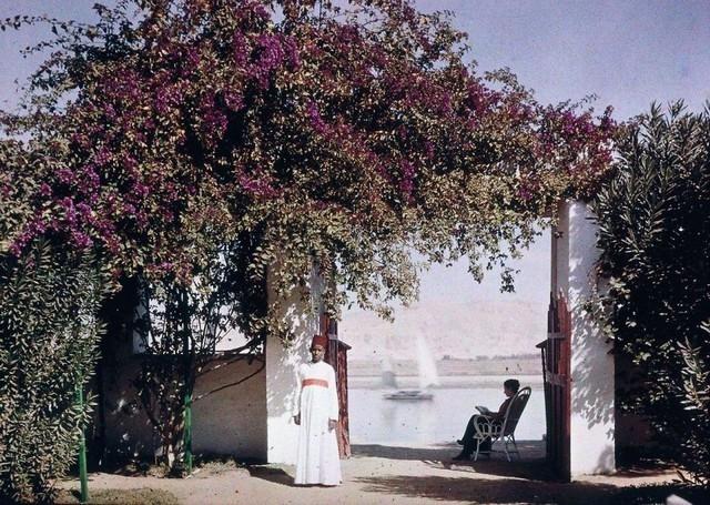 Leitura à beira do Nilo, 1920