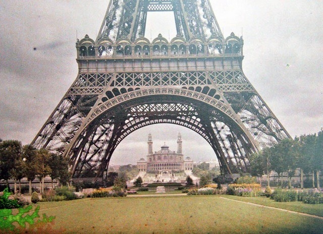 A grandiosa Torre Eiffel, 1914