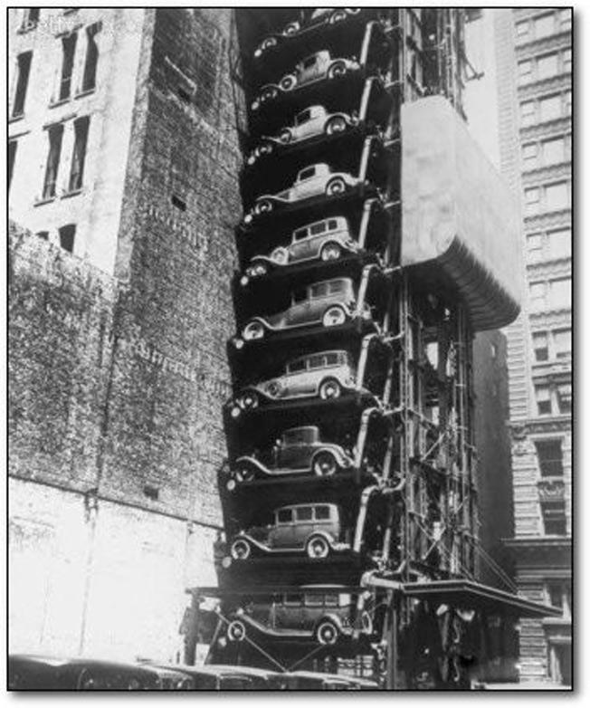 Um estacionamento em Chicago em 1936