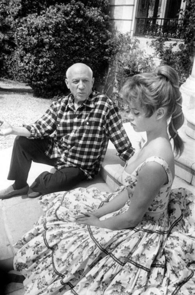 Pablo Picasso & Brigitte Bardot ? 1956