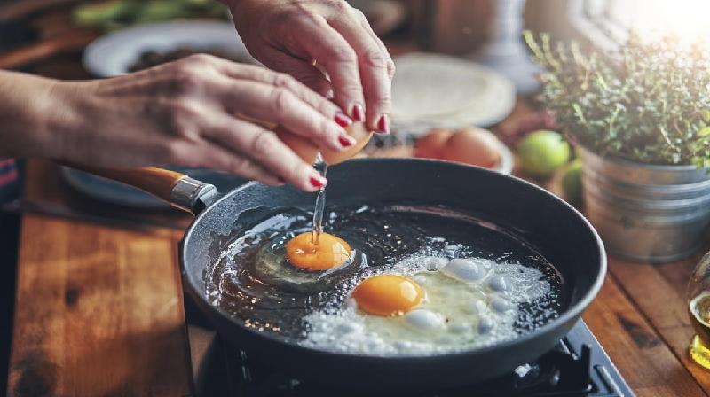 Ovos e colesterol: a pesquisa financiada pela indústria é enganosa?