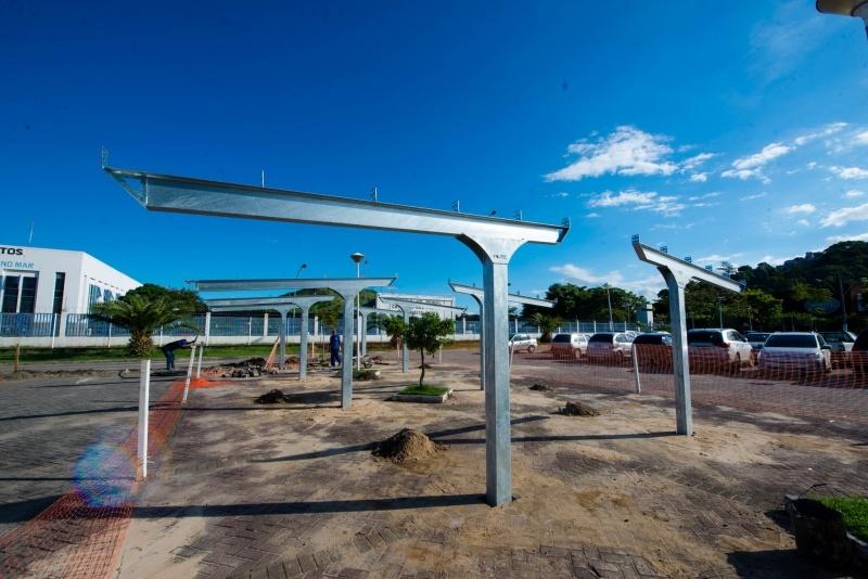 Iluminação pública de Vitória virá de usina de energia solar