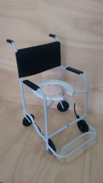 Cadeira p/ Banho Semi Obeso - Foto 1
