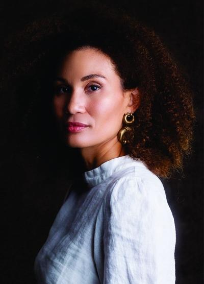 Elisa Costa Cruz