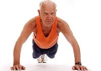 Baixa densidade muscular aumenta risco de hospitalização em idosos
