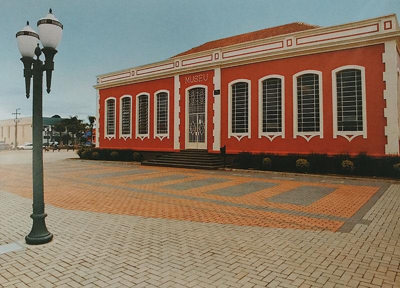 Praça do Museu / Campo Largo - PR