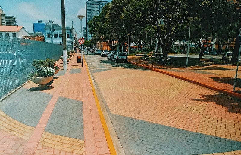 Rua Hercílio Luz / Itajaí - SC