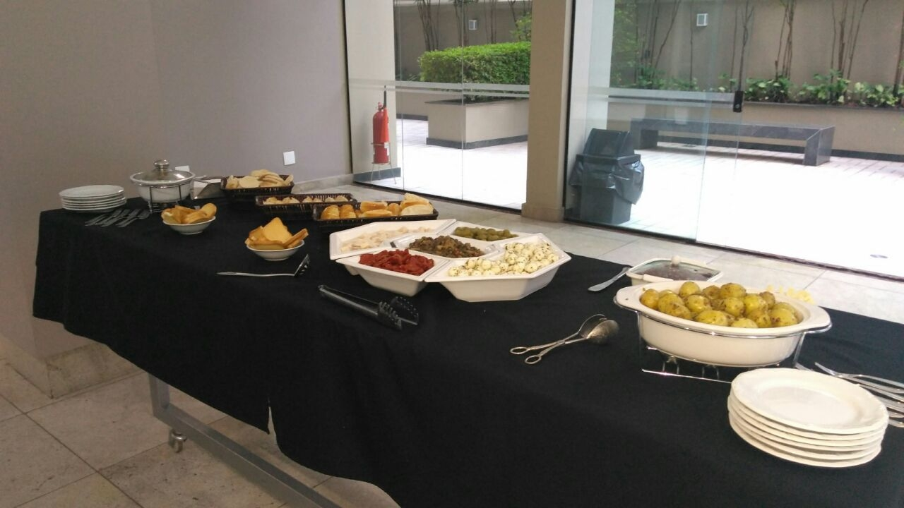 Almoço, jantar e outros - Foto 1