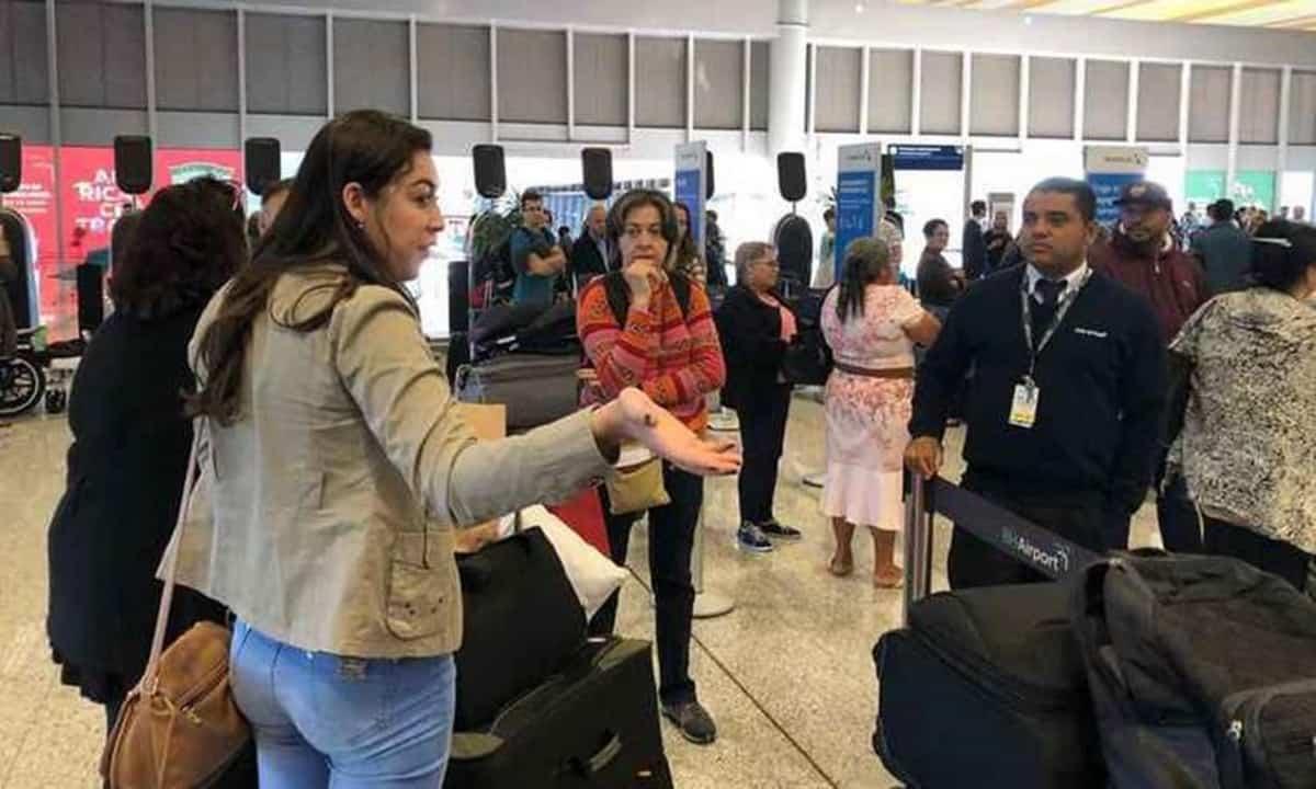 Voo de BH para Miami é cancelado e passageiros afirmam que não foram avisados
