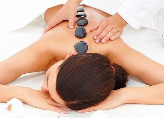 Massagem com Pedras Quentes - Foto 1