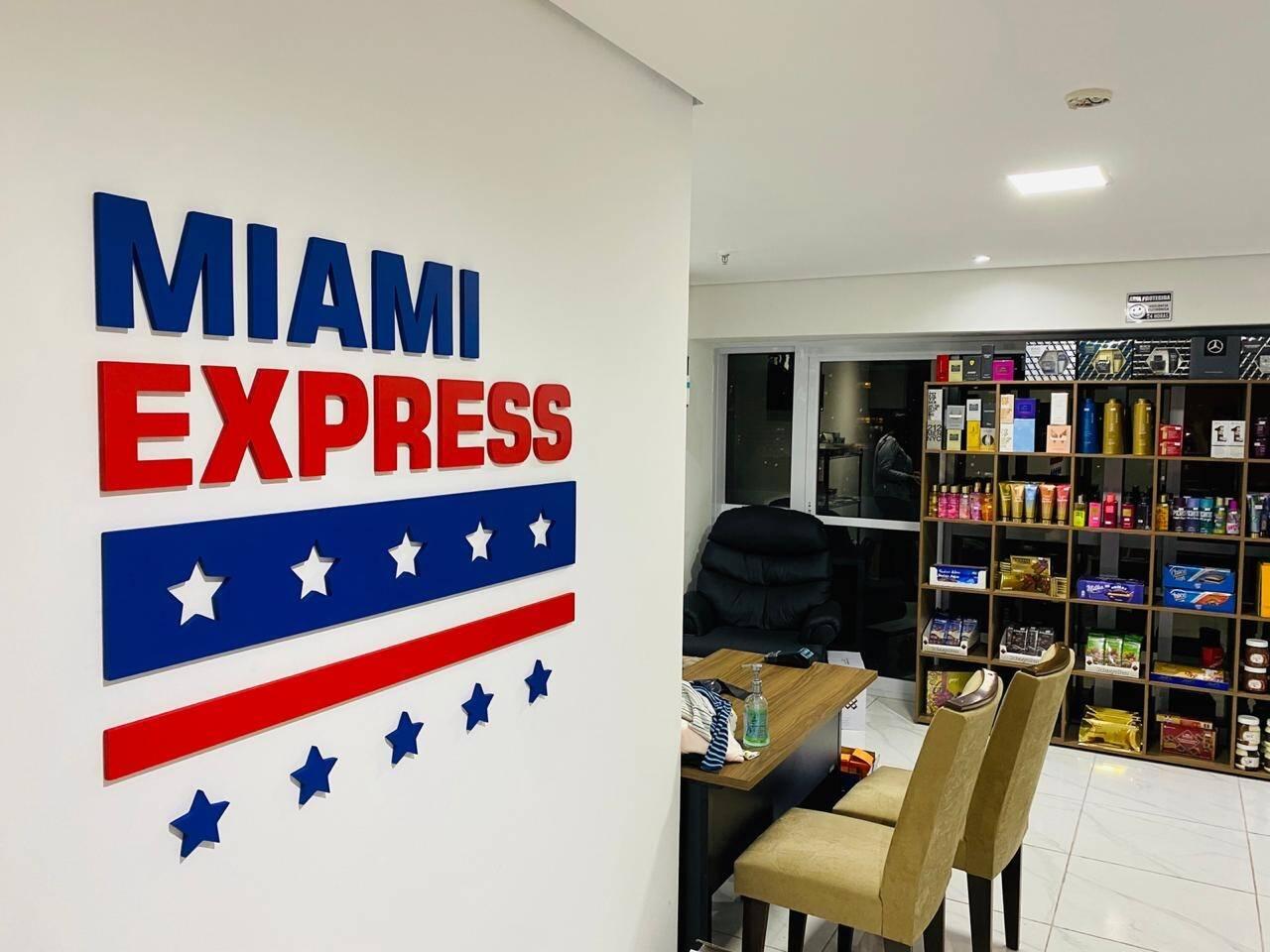 Letra Caixa | Miami Express