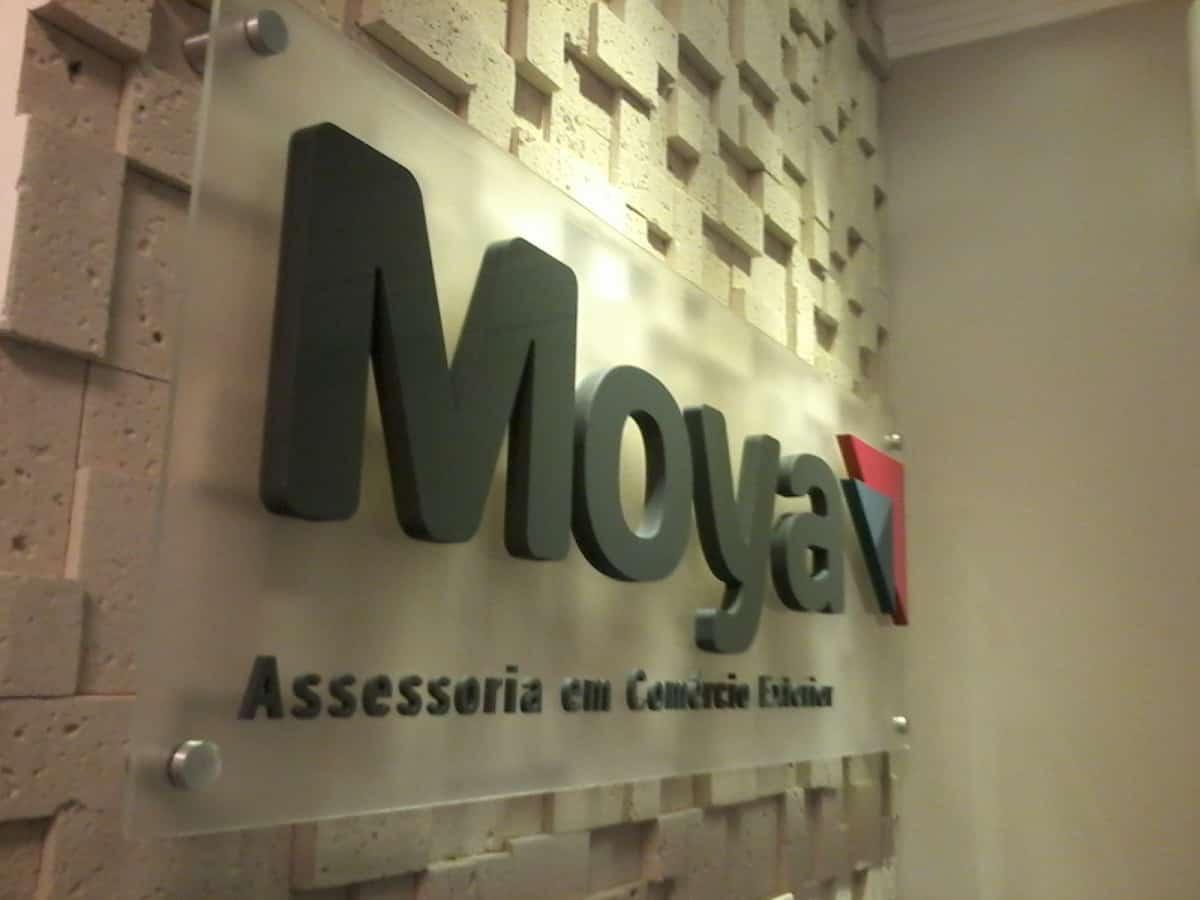Letra Caixa | Moya