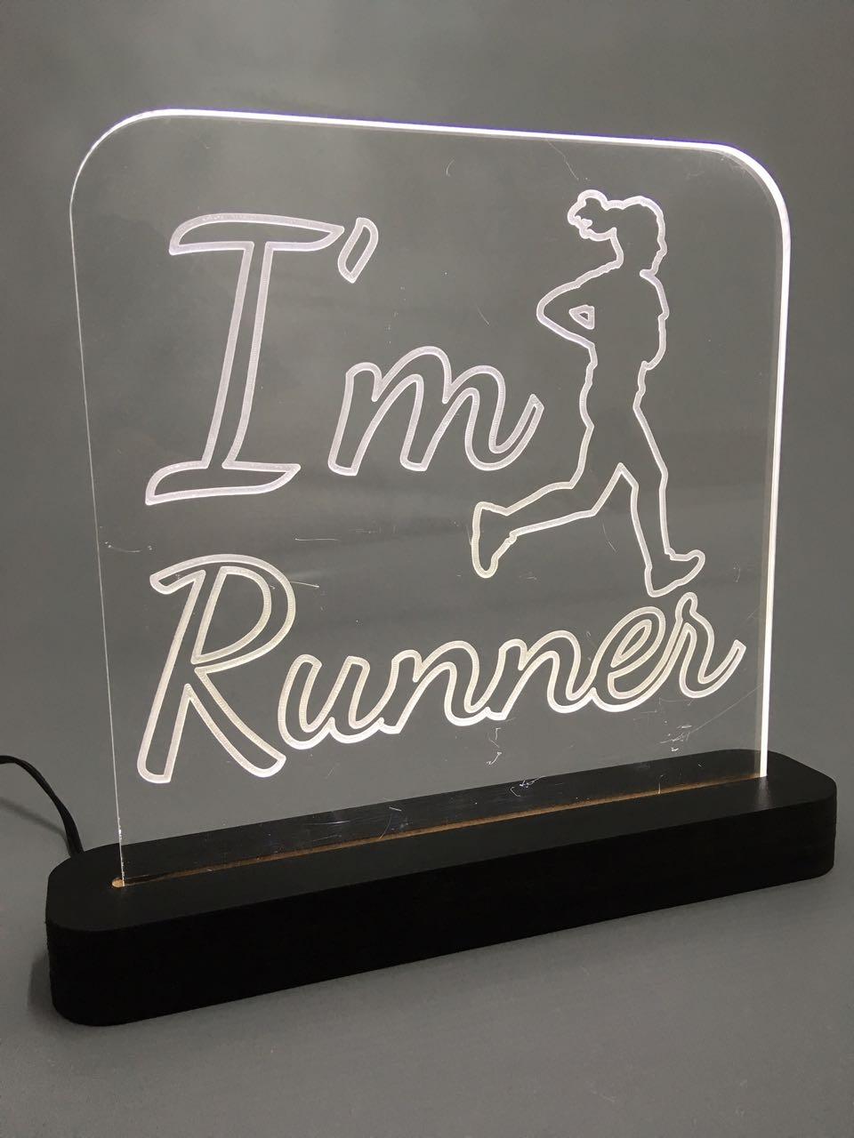 "Luminária ""I'm runner"""