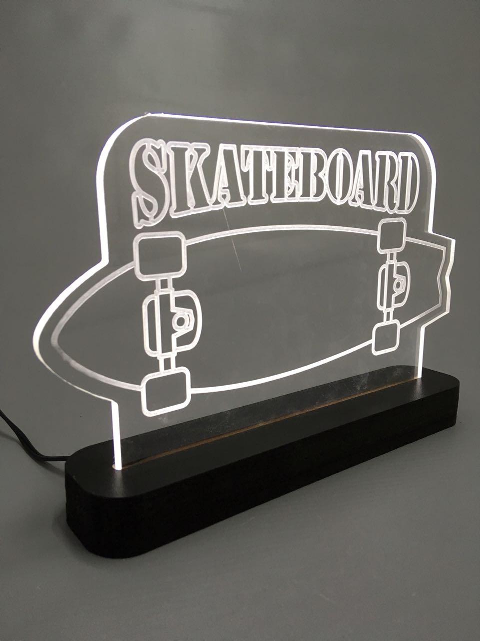 """Luminária """"Skate 2"""""""