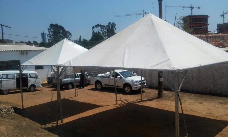 Tenda 5x5 com calhas laterais - Foto 4