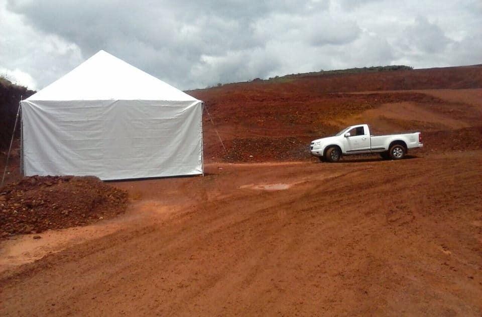 Tenda 6x6 com calhas laterais - Foto 10