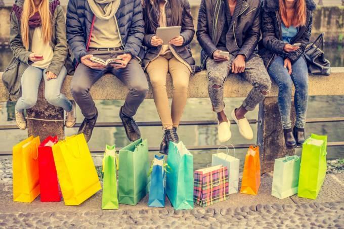 A economia compartilhada é uma das tendencia mundial compartilhar tudo ...