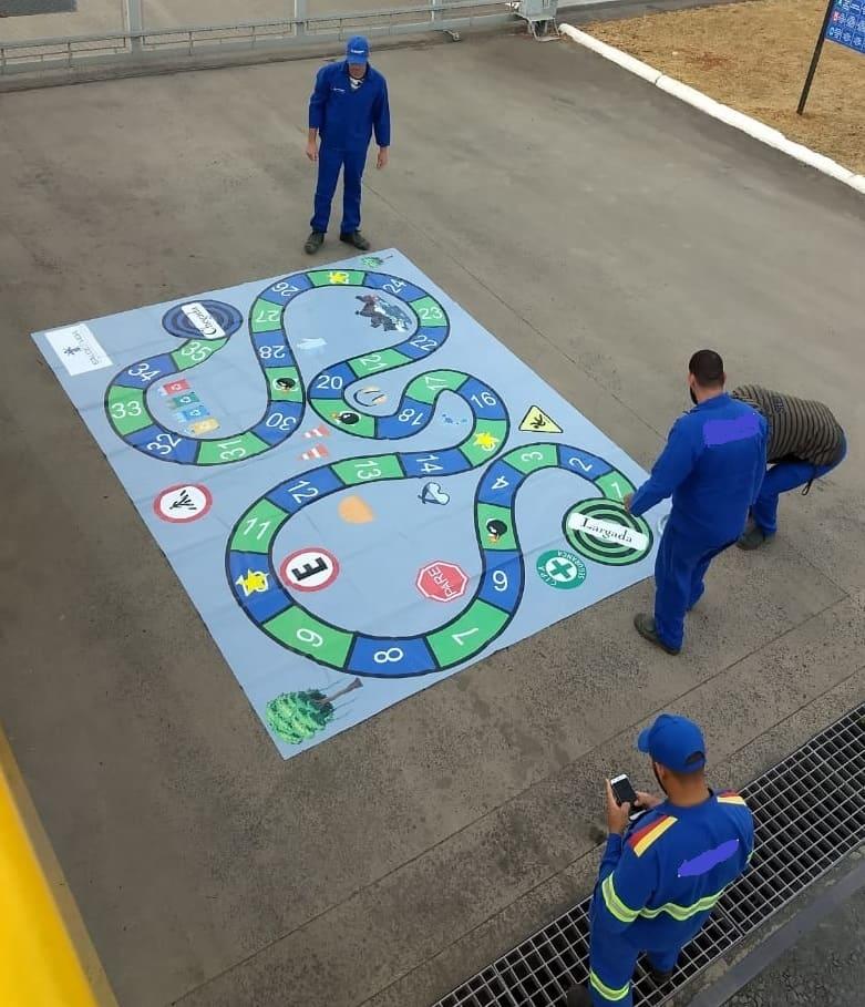 Jogo Tabuleiro Gigante Temático Novembro Azul - Foto 1
