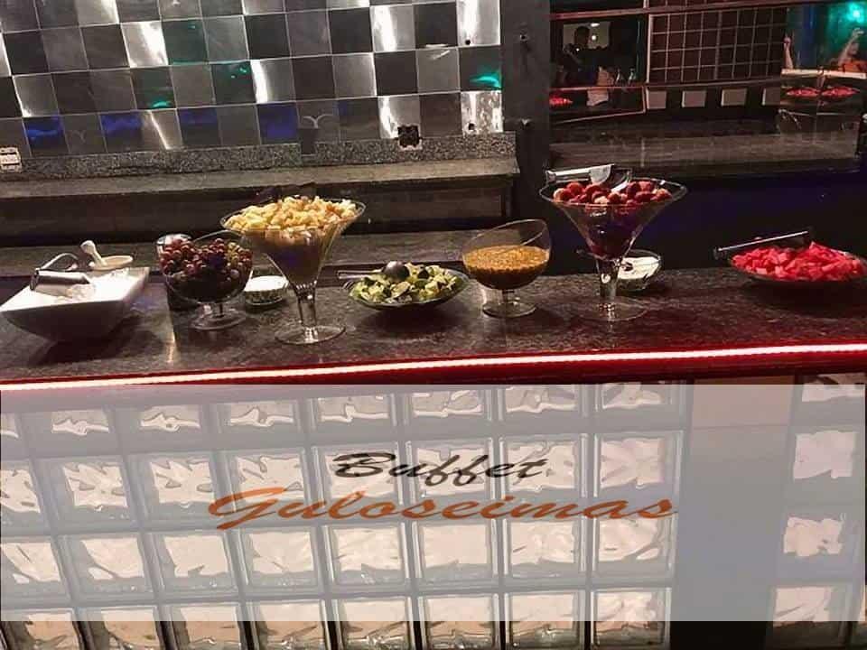 Mesa de drinks do buffet