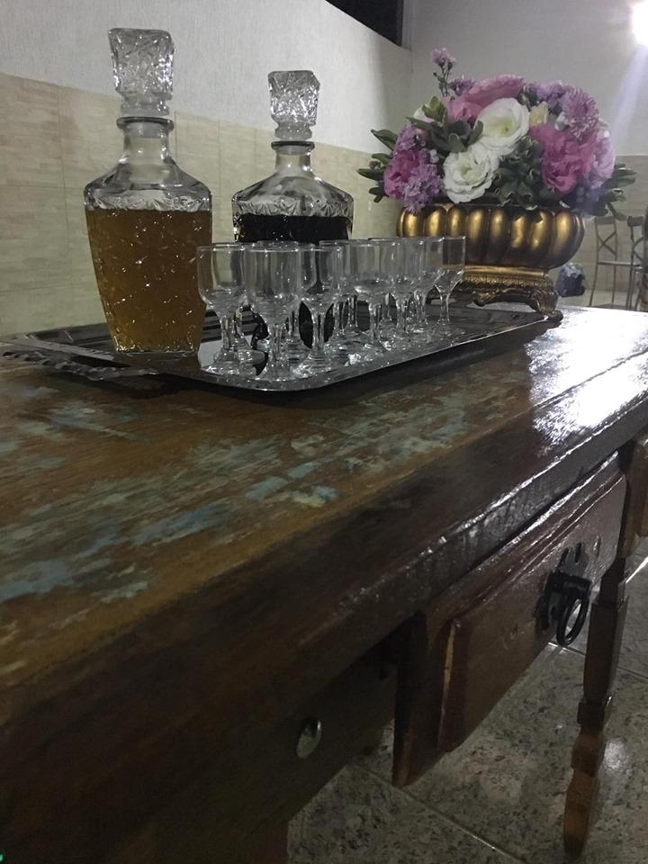 mesa de licor