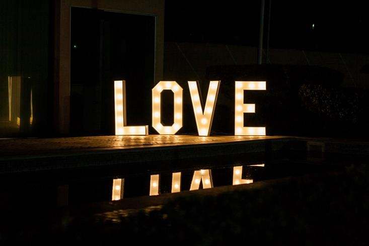 Letreiro Luminoso de Led LOVE - Foto 1