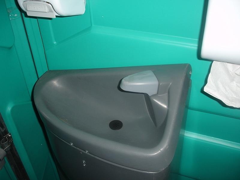 Sanitário com Pia