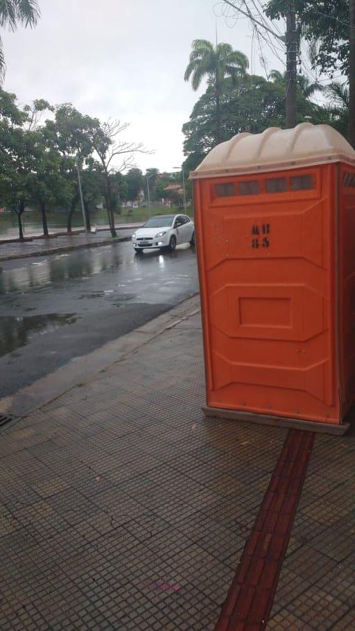 Sanitário para obra na Orla da Pampulha