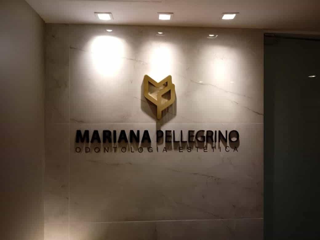 Logomarca em PVC Dourado/Preto - Foto 2