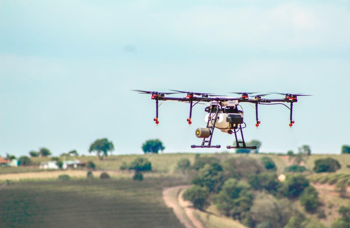 Pulverização de Lavouras com Drones - Foto 4