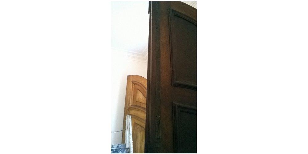Porta neocolonial - Antes