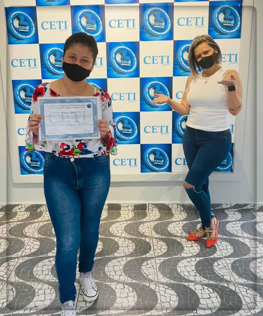 Certificado - YASMIN ITOY